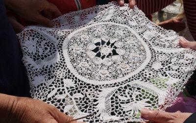 3 tisseuses de liens viennent tisser leurs toiles à Plabennec jusqu'au 21 août 2019