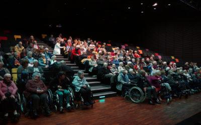 «La culture et nos aînés» : plus de 350 personnes pour la journée spectacle et conférence au Champ de Foire